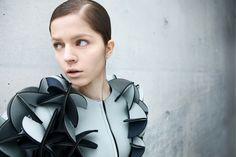 Los diseños de Alba Prat, greadora de moda futurista