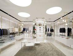 CLOSET multibrand store in Singapore, designed by Meregalli Merlo Architetti Associati #meregallimerlo @meregallimerlo