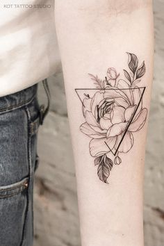 Tattoo for girls. More tattoos and sketch . Tattoo for girls. More tattoos and sketch … # for # peonies # tat - Mini Tattoos, Sexy Tattoos, Black Tattoos, Body Art Tattoos, Small Tattoos, Tattoos For Women, Feather Tattoos, Tattoo Designs For Women, Tatoos