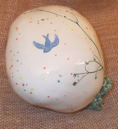 Dragons & Wizards Small Worlds Dragon Egg with Blue Bird of Happiness