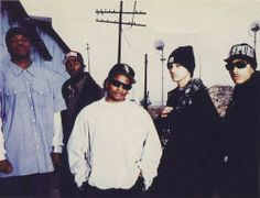 Bone Thugs N Harmony with Easy e in the white
