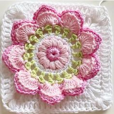 Transcendent Crochet a Solid Granny Square Ideas. Inconceivable Crochet a Solid Granny Square Ideas. Crochet Flower Squares, Flower Granny Square, Crochet Squares Afghan, Crochet Blocks, Granny Square Crochet Pattern, Crochet Flower Patterns, Crochet Motif, Crochet Yarn, Crochet Flowers