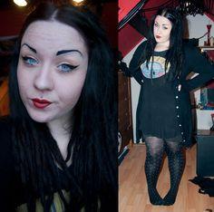 Chubby Fashion, Dark Souls, Happy Colors, Punk Fashion, Spelling, Holland, Grunge, Curves, Goth