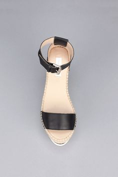Sandals - Black See by Chloé on MonShowroom.com