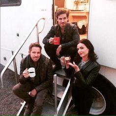 Colin O'Donoghue - Killian Jones - Captain Hook - Sean Maguire - Lana Parrilla -Once Upon A Time