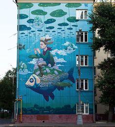 Ik hou van gedetailleerde kunst op straat. De manier van expressie, en kleurgebruik vind ik erg gaaf. Sommige gebouwen hier in Nederland mogen van mij echt zo'n touch-up hebben.