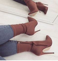 Brown Stiletto Heel Classic Ankle Booties image 1 - Rzeczy do noszenia - Heels Crazy Shoes, Me Too Shoes, Pumps Heels, Stiletto Heels, Shoes Sandals, Shoes Sneakers, Cute Shoes Heels, Prom Shoes, Strap Heels