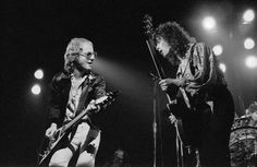 Andy Powell and Laurie Wisefield of Wishbone Ash