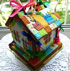 Купить Пряничный домик Лоскутный - разноцветный, пряничный домик, пряник, пряники, пряник расписной