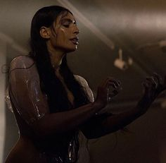 'Angel' a performance piece by Sevdaliza x Esmay Wagemans