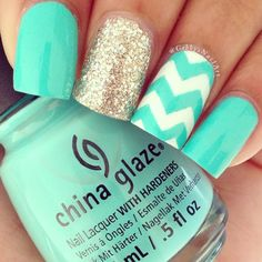 """#ShareIG China Glaze-""""Too Yacht To Handle"""" I've been looking for this polish and finally found it yesterday at Ulta. Anyways simple chevron today the glitter is Orly-""""Halo"""" and the white is Orly-""""White Tips"""""""