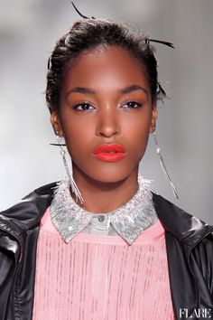 Coral lips and highlighter
