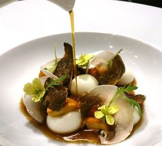 Liquid Parmesan Gnocchi with Mushroom Infusion by Chef Jordi Cruz at ABaC corrected (substitute veggie broth) Chefs, Gourmet Recipes, Cooking Recipes, Modernist Cuisine, Luxury Food, Molecular Gastronomy, Culinary Arts, Food Presentation, Food Design