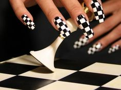 Geometric Nail Art, Nail Art Pictures, Fire Nails, Funky Nails, Nails On Fleek, Chess, Nails Inspiration, You Nailed It, Alice In Wonderland