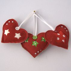 Christmas heart decorations by dollywhatnot on Etsy, £7.95