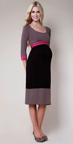 55d78c6f2cd46 Maternity Fashion: Belts Above the Belly