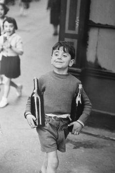 Henri-Cartier-Bresson-rue-Mouffetard.jpg (JPEG Image, 700 × 1050 pixels) - Scaled (89%)