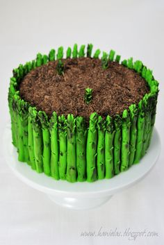Haniela's: ~Asparagus Cake - Detailed Tutorial~  Double click for instructions, this is entirely edible!