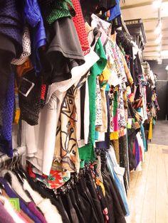 Episode er en annen store vintage-shappe i rue Tiquetonne og er en del av en europeisk kjede med klær for enhver smak og stil. Her vil du garantert finne noe!