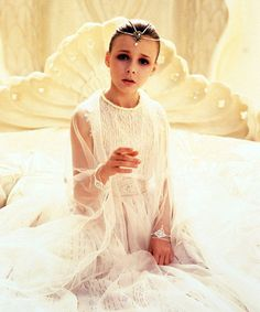 'The Neverending Story' Empress Tami Stronach Shares Behind-the-Scenes Stories From the Fantasy Film Neverending Story Princess, The Neverending Story, Pet Sematary, Auryn, Fantasy Movies, Great Movies, 80s Movies, Indie Movies, Scene