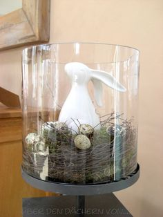 63 Unique Easter Decor Ideas To Give Your Home A Stylish Touch cute easter bunny Cute Easter Bunny, Hoppy Easter, Easter Eggs, Bunny Bunny, Easter Table, Easter Party, Easter Decor, Easter Ideas, Spring Decoration