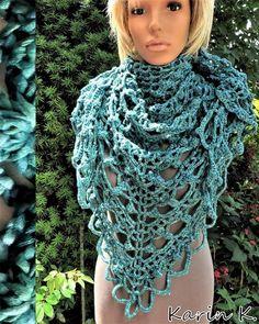 Dreiecktuch in Türkis und Petrol Crochet Necklace, Fashion, Sensitive Skin, Thighs, Triangles, Handarbeit, Cast On Knitting, Moda, Fasion