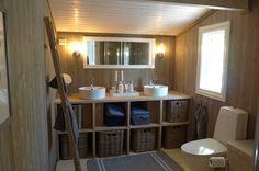 Lun og rustikk fjellhytte | Hyttebloggen Decor, Furniture, Cabin, Home Decor, Bathroom Mirror, Framed Bathroom Mirror, Bathroom, Inspiration, Paneling
