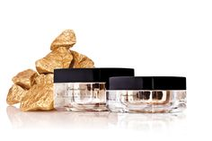 Gold Regenesis, η χρυσή επανάσταση! Perfume Bottles, Gold, Beauty, Perfume Bottle