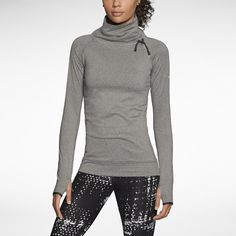 Nike Store. Nike Pro Hyperwarm Fitted Seamless Pullover