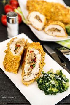 Rulada din piept de pui umplutacu ciuperci poate fi servita atat pe post de aperitiv, dar poate fi si felul principal de mancare daca esteinsotita de o garnitura de legume. Pieptul de pui este destul de fad, dar insotit de legume rezulatul va fi cu siguranta pe placul nostru. INGREDIENTE: (pentru 4 persoane) 2 buc.... View Article Brunch, Romanian Food, Cooking Recipes, Healthy Recipes, Toddler Meals, Food To Make, Chicken Recipes, Clean Eating, Health Fitness