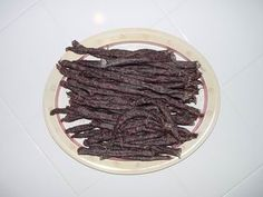 Mama Africa's Recipes: Traditional South African Droewors (Drywors) Recipe Home Recipes, Snack Recipes, Cooking Recipes, Jerky Recipes, Biltong, South African Recipes, Specialty Foods, Good Food, Food And Drink