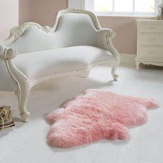 Single Light Pink Sheepskin Rug: Amazon.co.uk: Kitchen & Home