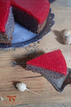 Maková torta bez múky s malinovou vrstvou - Sisters Bakery Vegetarian Recepies, Vegan Recipes, Cooking Recipes, Cheesecake Recipes, Dessert Recipes, Homemade Sweets, Markova, Healthy Sweets, Sweet Recipes