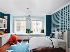 royal blue boy's room with a Union Jack rug >> http://www.hgtvremodels.com/interiors/9-brilliantly-blue-kids-rooms/pictures/index.html?soc=pinterest