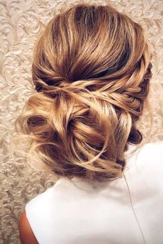 A Little Bit Messy Prom Hair Updos 2