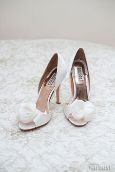 Shoes: Badgley Mischka | Photography: AMB Photo
