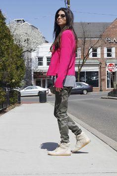 The Camo look...#zara #camo #pink #rayban #aviators #blogger #fashionblog #fashionroll #nyblogger