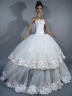 #barbie #doll #brides 1...4 qw Barbie Bridal, Barbie Wedding Dress, Wedding Doll, Barbie Gowns, Barbie Dress, Barbie Clothes, Wedding Dresses, Doll Dresses, Barbie E Ken