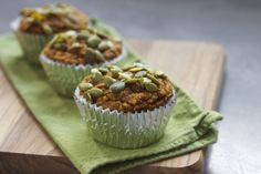 Pumpkin Flax Muffins (Gluten, Refined Sugar, and Dairy Free) (via marriahlavigne.com)