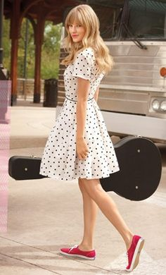 I love this kind of summer look  Love this style of dress with cute flats or I would even wear this type of shoe with it too.