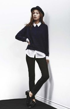 LOOKAST CHAPTER #1  - Black & Blue Hounds Tooth Knit