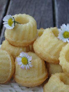 tinycakesdaisies