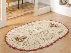 tapetes de barbante oval com flores na sala