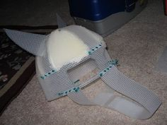 How DO you make those Animal Costumes? (Fursuits) - Plastic Mesh Head How-To