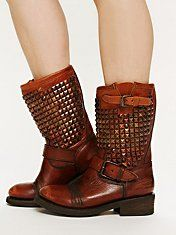 Vedder Boot, Pretty & Comfy