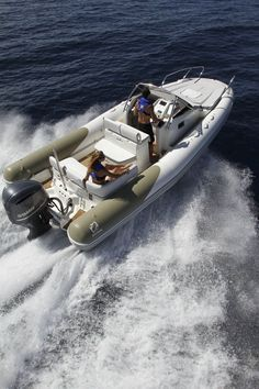 Inflatable boat / twin engine / semi-rigid  / with cabin / sundeck N-ZO 700 ZODIAC