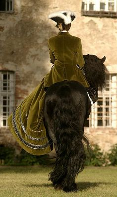 Breathtakingly beautiful - a lady in a velvet coat riding side saddle on a Friesian horse. All The Pretty Horses, Beautiful Horses, Beautiful Things, Dressage, Riding Habit, Side Saddle, Friesian Horse, Horse Love, Equestrian Style
