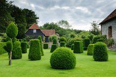 Oxfordshire Garden | Jason Ingram | Bristol photographer of gardens, food, people & interiors.