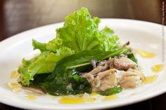 Plaza Navona (jantar)    Salada de cogumelos silvestres  3 tipos de cogumelos, rúcula e alface, molho de laranja e sementes de papoula