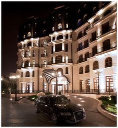 View deals for Epoque Hotel - Relais & Chateaux. WiFi and parking are free, and this hotel also features a spa. Top Hotels, 5 Star Hotels, Bucharest Romania, Trip Advisor, Mansions, Architecture, House Styles, City, Outdoor